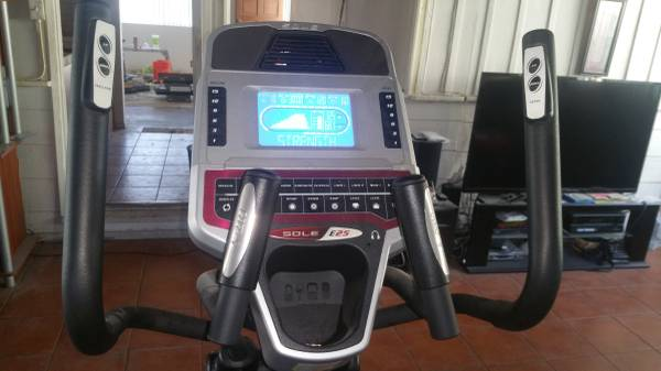 sole e25 elliptical console